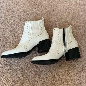 Circus by Sam Edelman white booties